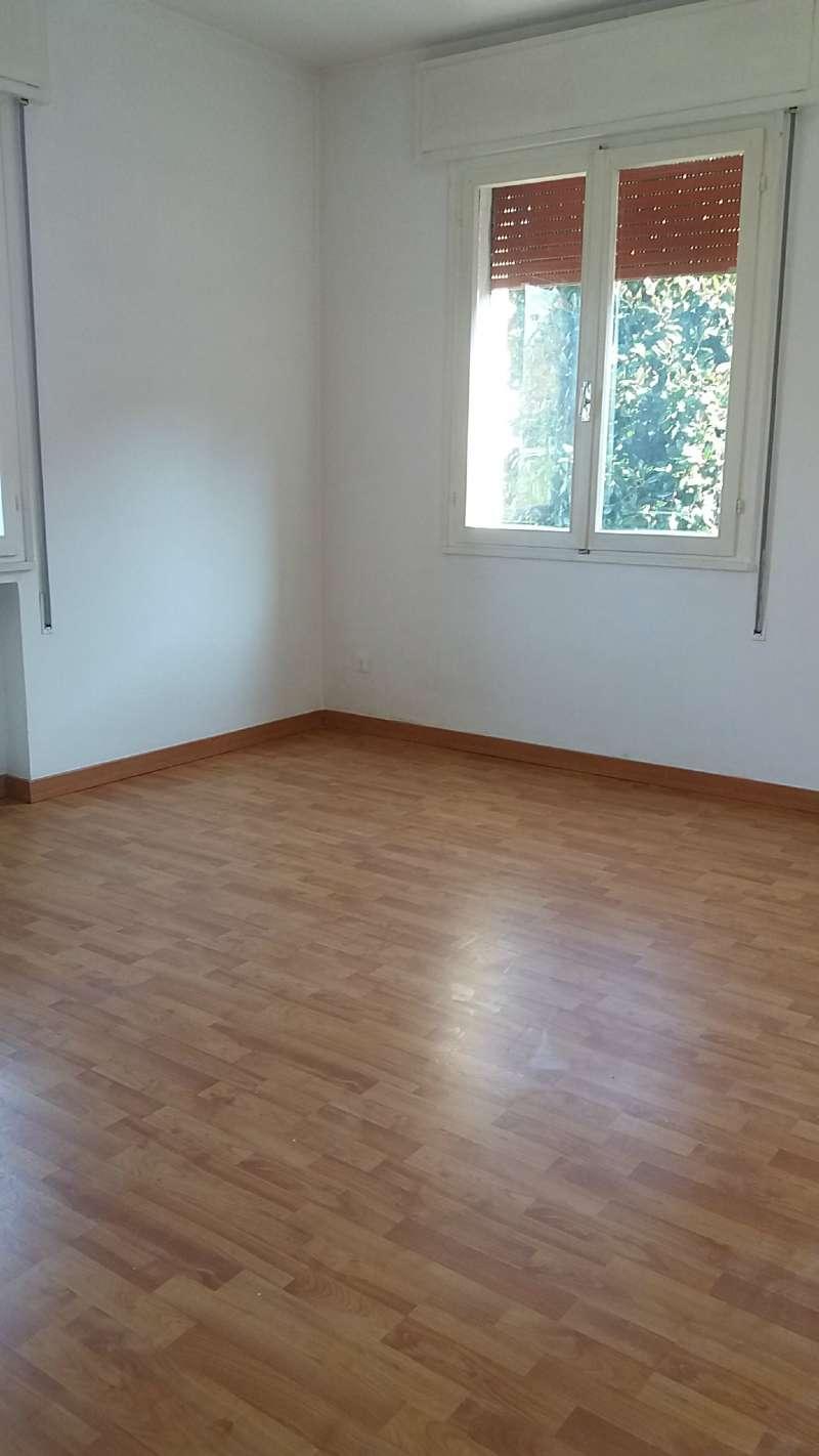 Paltana: midi appartamento con spazi comodi