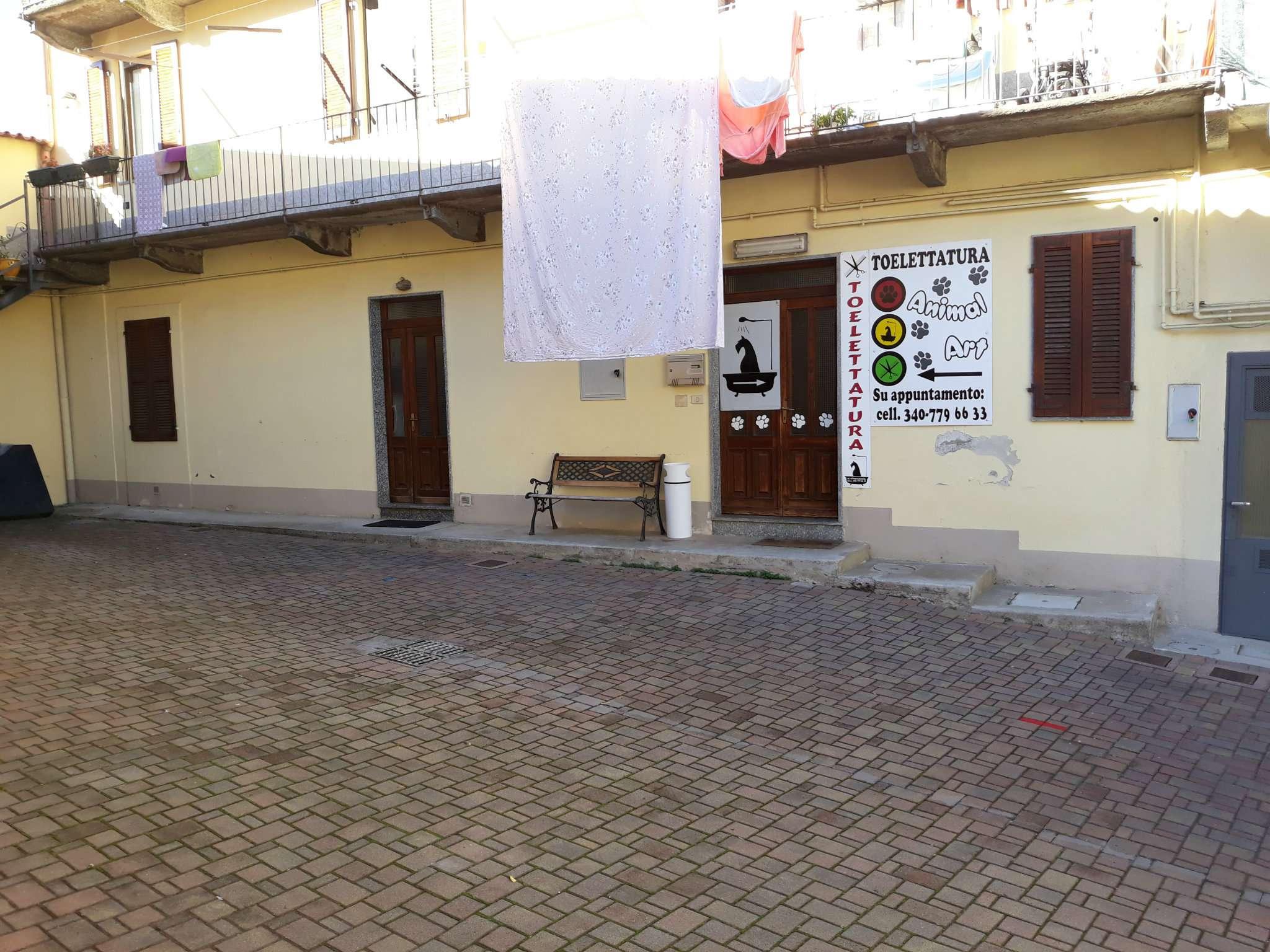 Appartamento in vendita a Cantello, 3 locali, prezzo € 79.000   CambioCasa.it