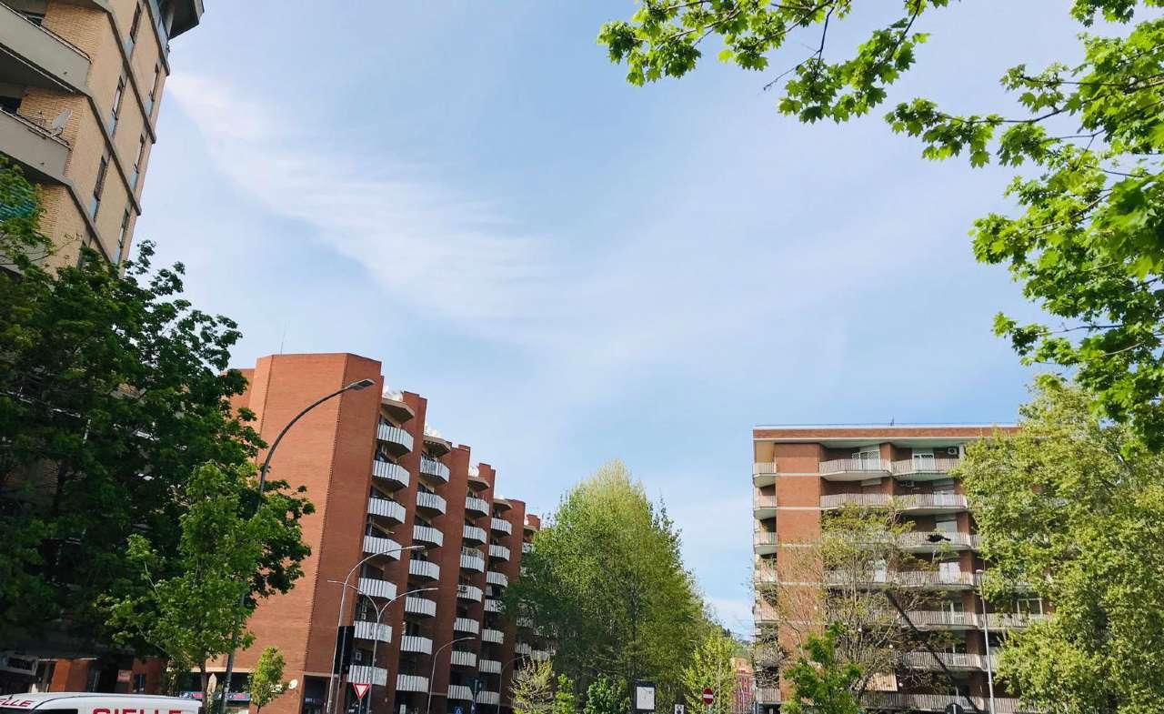 Appartamento in vendita a Roma, 6 locali, zona Zona: 25 . Trastevere - Testaccio, prezzo € 570.000 | CambioCasa.it