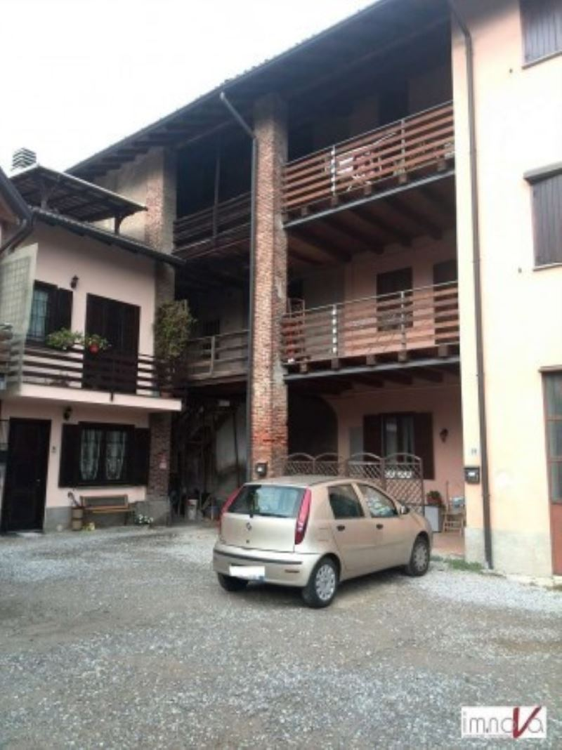 Rustico / Casale da ristrutturare in vendita Rif. 8578023