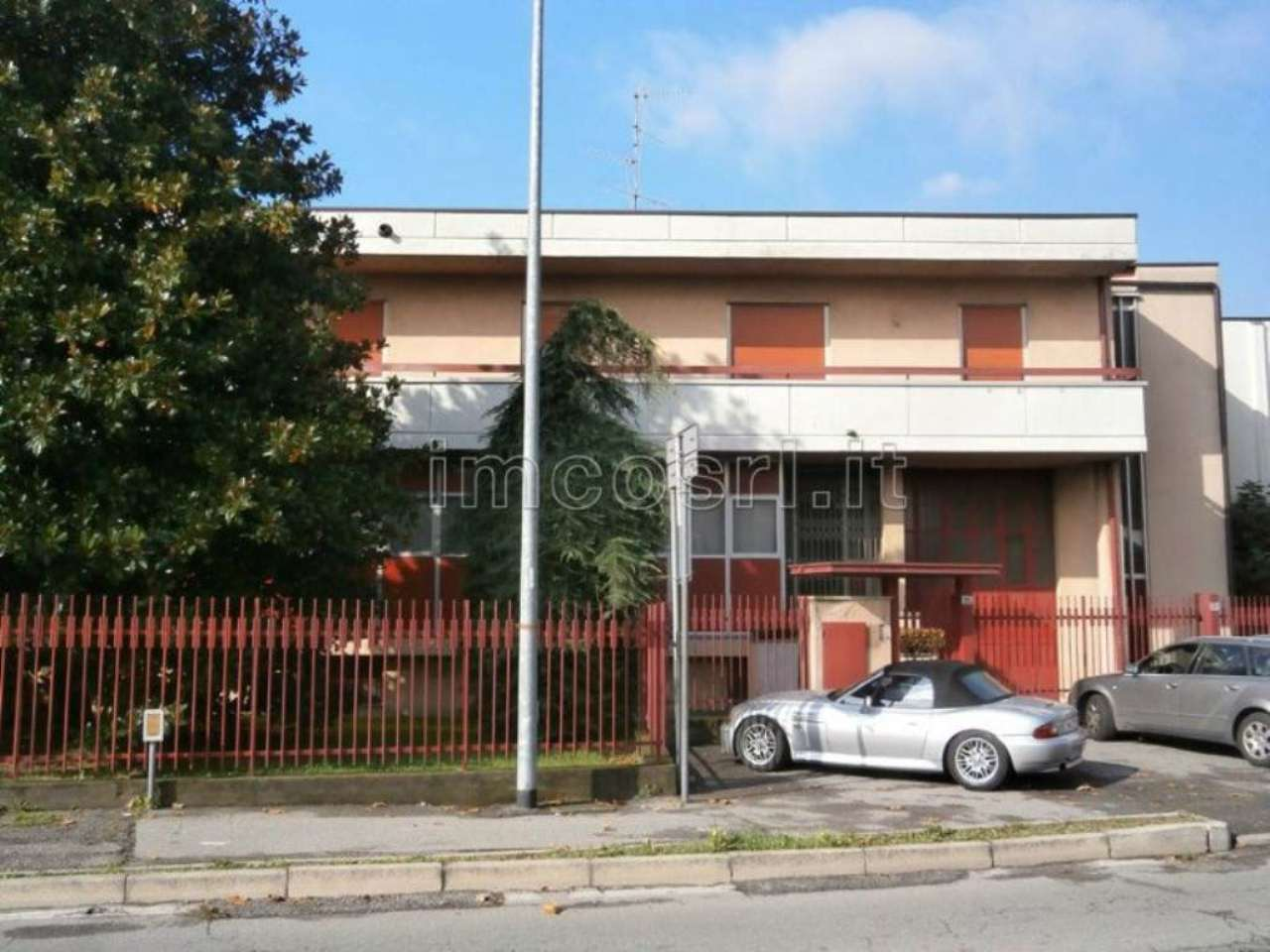 Appartamento in buone condizioni in affitto Rif. 8818431
