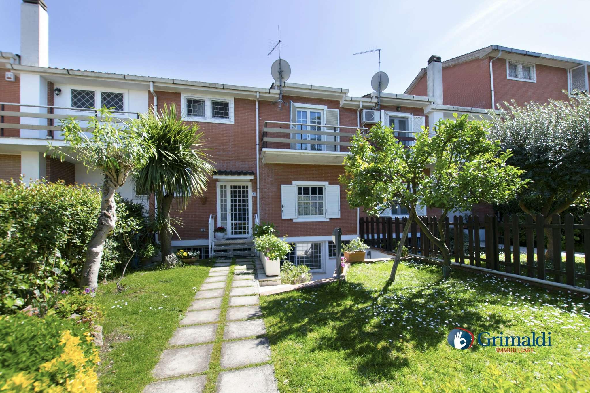 Villa a Schiera in vendita a Roma, 6 locali, zona Zona: 38 . Acilia, Vitinia, Infernetto, Axa, Casal Palocco, Madonnetta, prezzo € 430.000 | CambioCasa.it