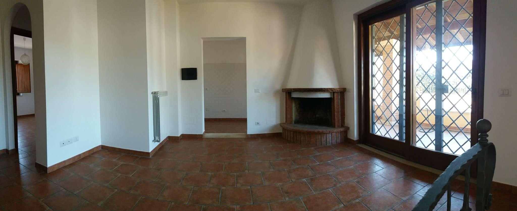 Villa a Schiera in vendita a Roma, 6 locali, zona Zona: 38 . Acilia, Vitinia, Infernetto, Axa, Casal Palocco, Madonnetta, prezzo € 285.000 | CambioCasa.it