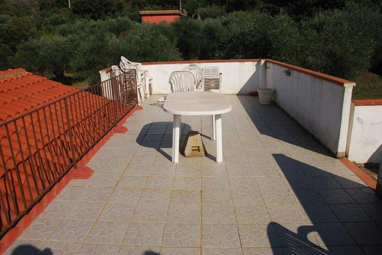 Orbetello, Strada Dei Poggi Casaletto Indipendente con giardino e uliveto.