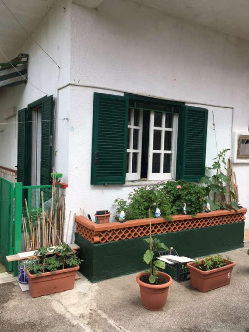 Appartamento in buone condizioni parzialmente arredato in vendita Rif. 5199966