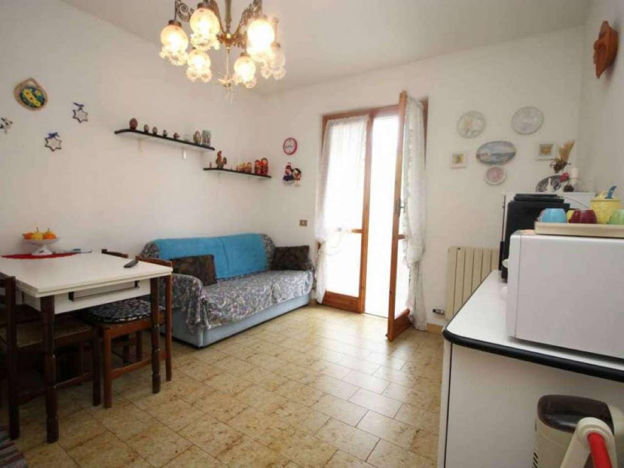 Appartamento in vendita a Toirano, 4 locali, prezzo € 135.000 | PortaleAgenzieImmobiliari.it