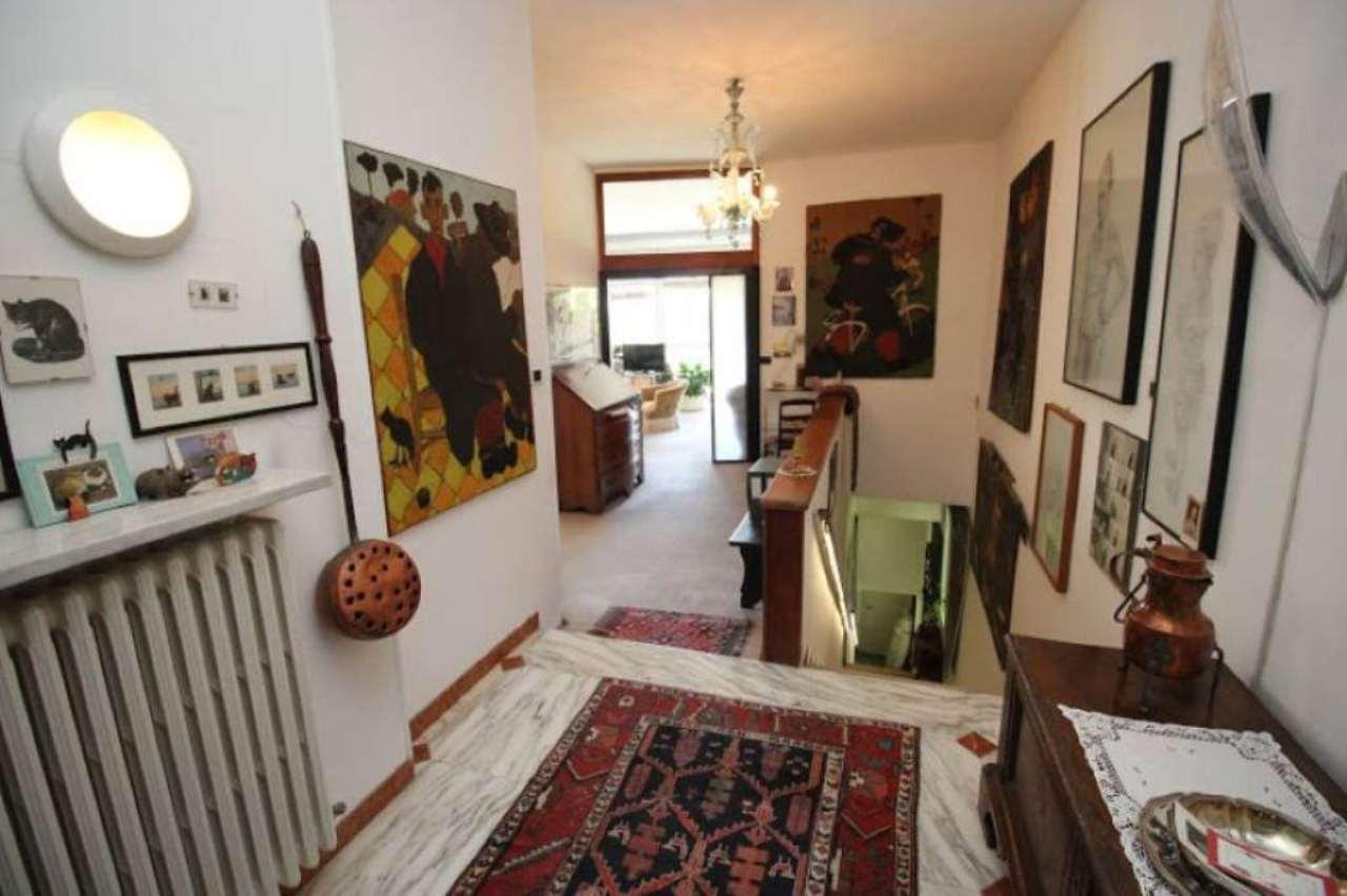 Villa in vendita Zona Precollina, Collina - strada PECETTO Torino