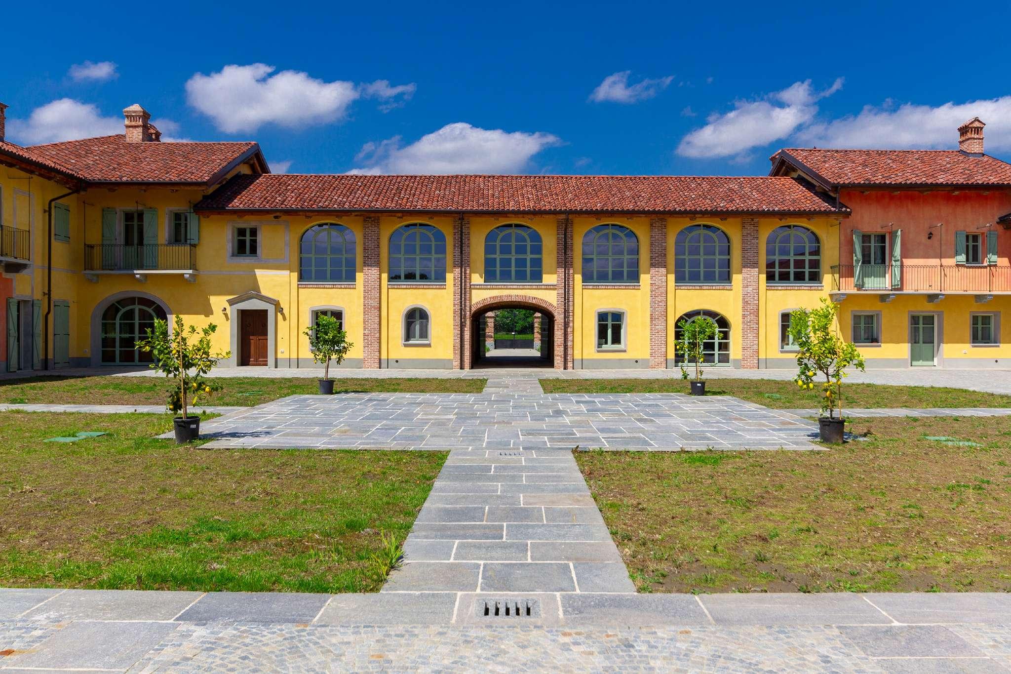 Rustico / Casale in vendita a Leini, 20 locali, prezzo € 2.000.000 | PortaleAgenzieImmobiliari.it