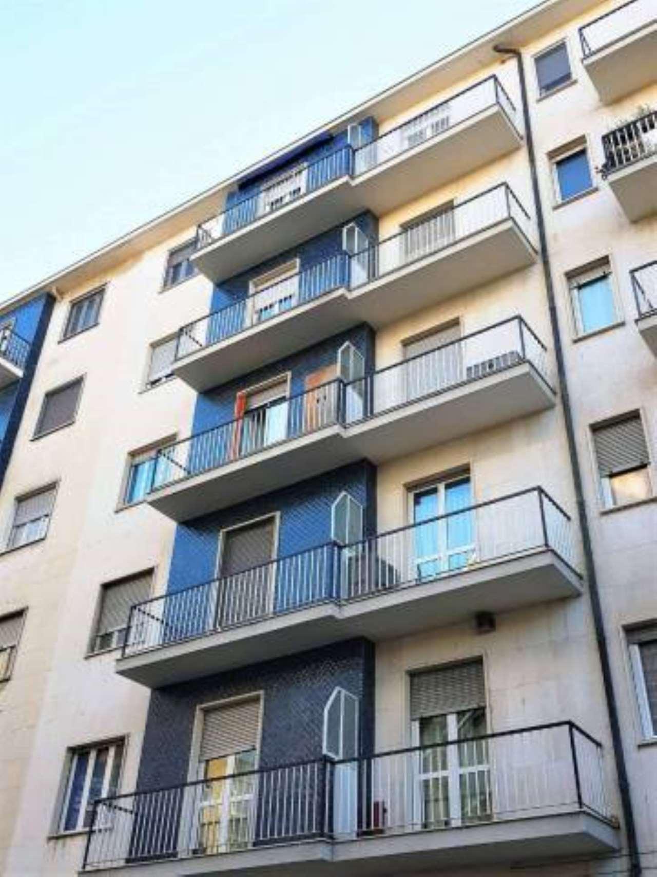 Appartamento in vendita a Nichelino, 3 locali, prezzo € 65.000   CambioCasa.it