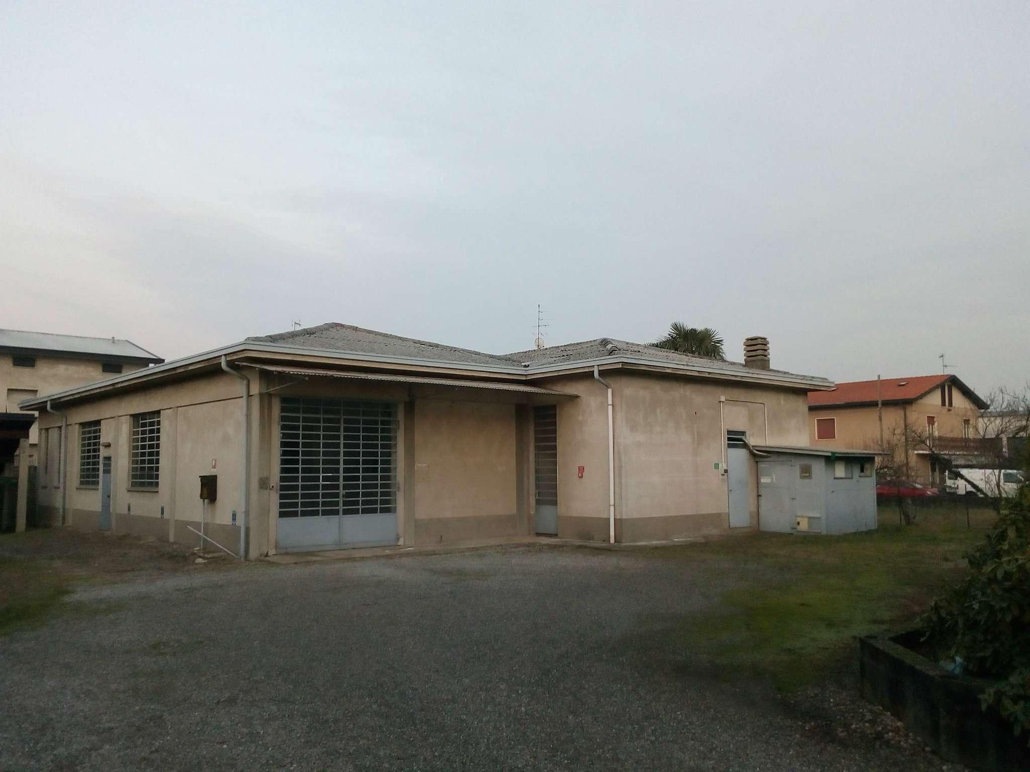 Altro in affitto a Cardano al Campo, 2 locali, prezzo € 1.100 | PortaleAgenzieImmobiliari.it