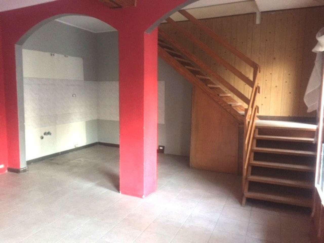 Appartamento da ristrutturare in vendita Rif. 5201151