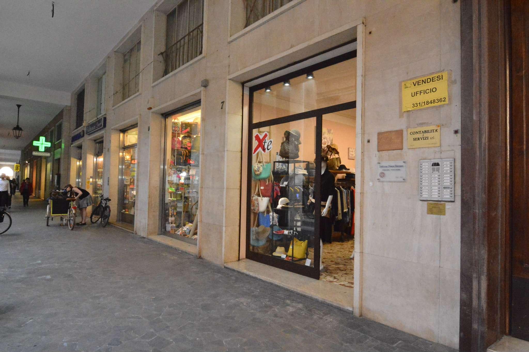 Negozio / Locale in affitto a Ravenna, 4 locali, prezzo € 1.000   CambioCasa.it