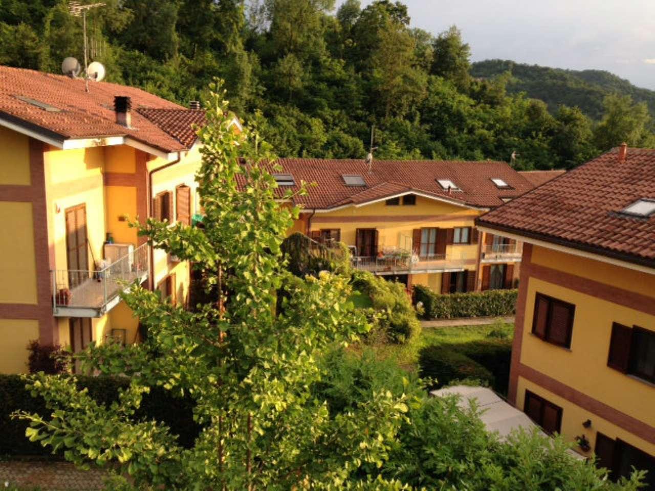 Appartamento in ottime condizioni in affitto Rif. 5688181