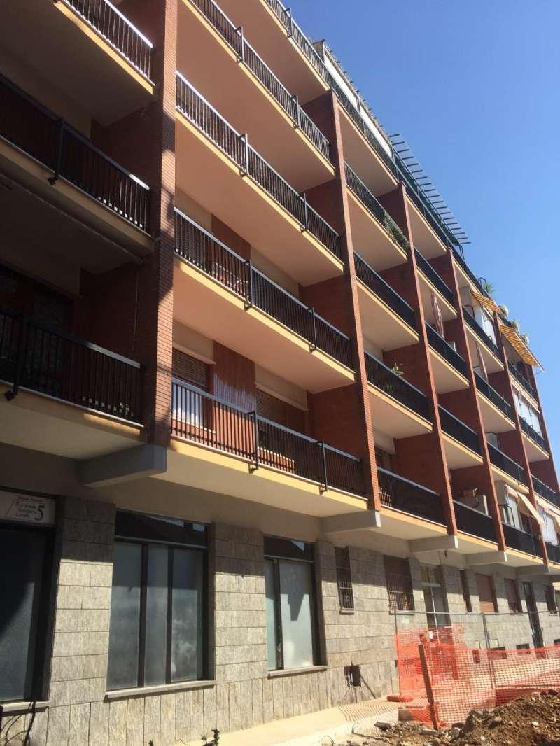 Appartamento in buone condizioni parzialmente arredato in affitto Rif. 8494683