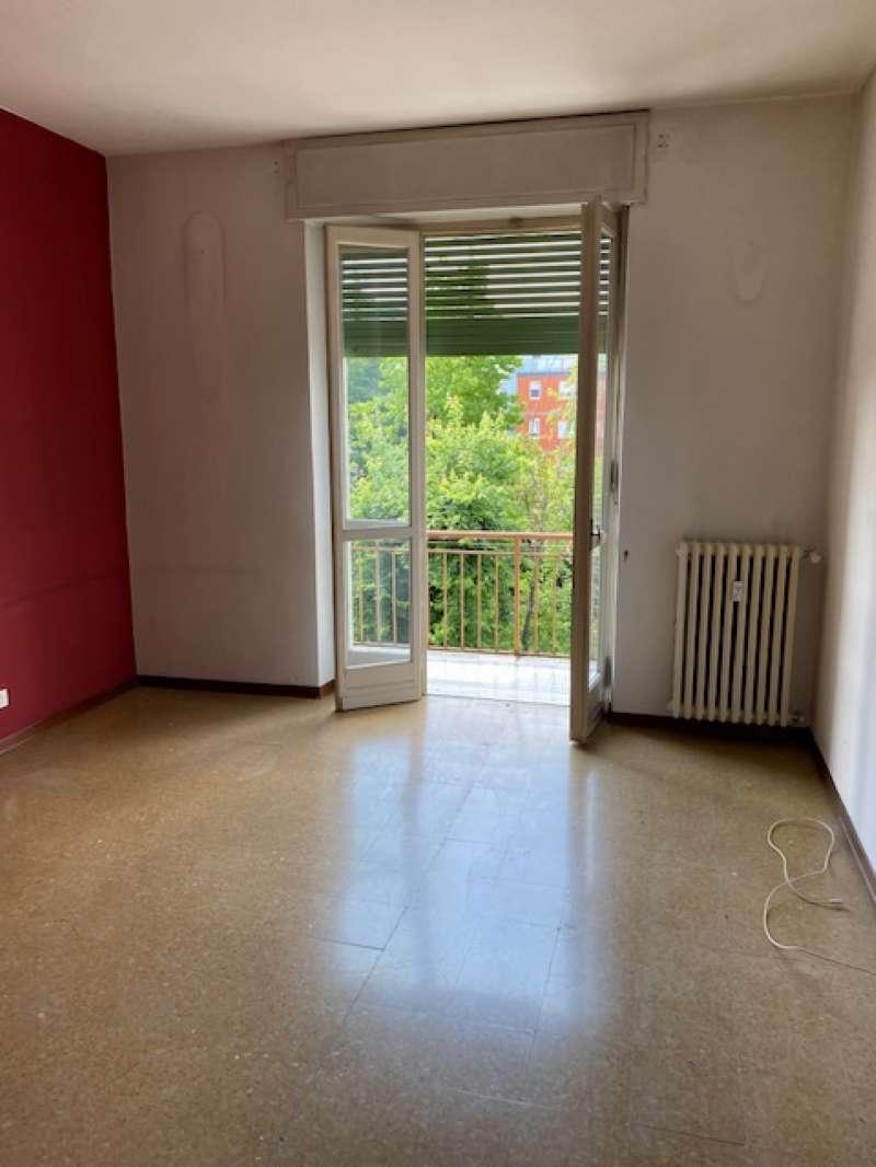 Appartamento in vendita a Orbassano, 4 locali, prezzo € 94.000 | PortaleAgenzieImmobiliari.it