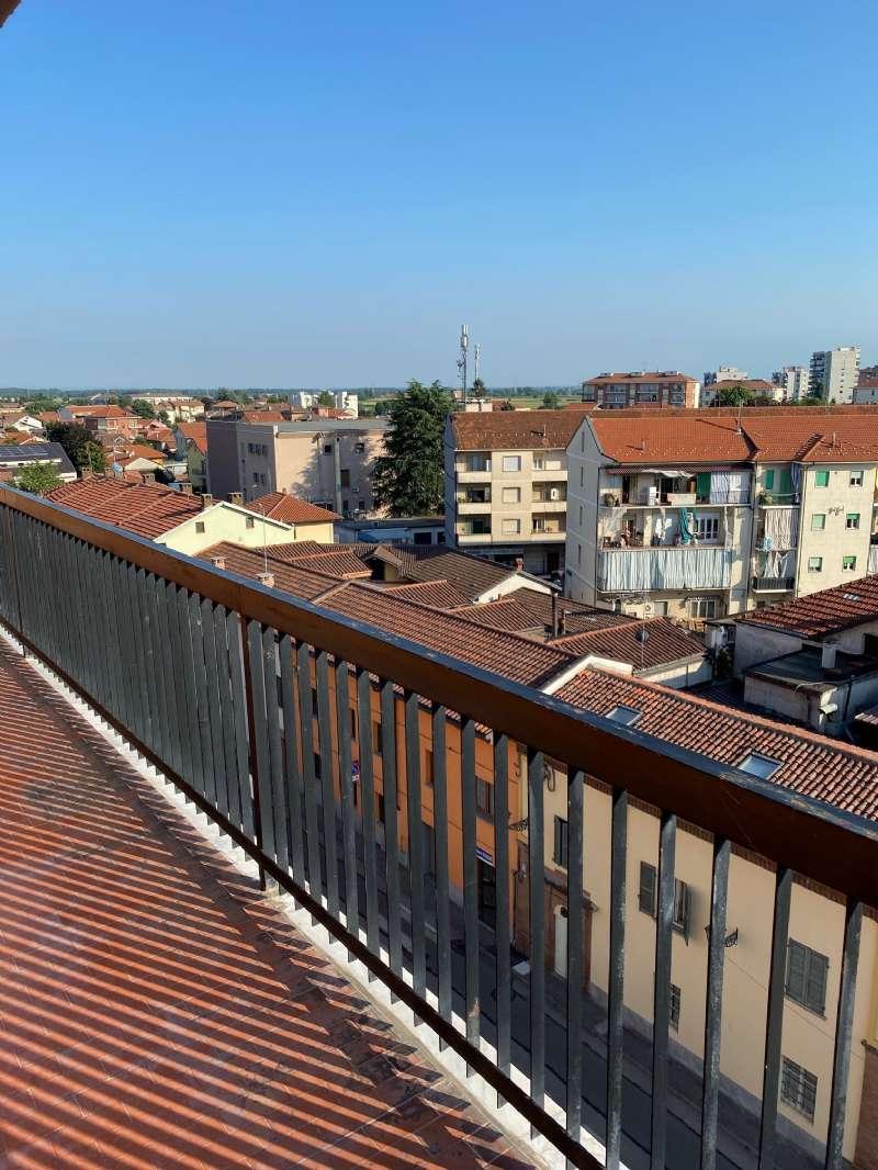 Appartamento in affitto a Orbassano, 4 locali, prezzo € 480 | PortaleAgenzieImmobiliari.it