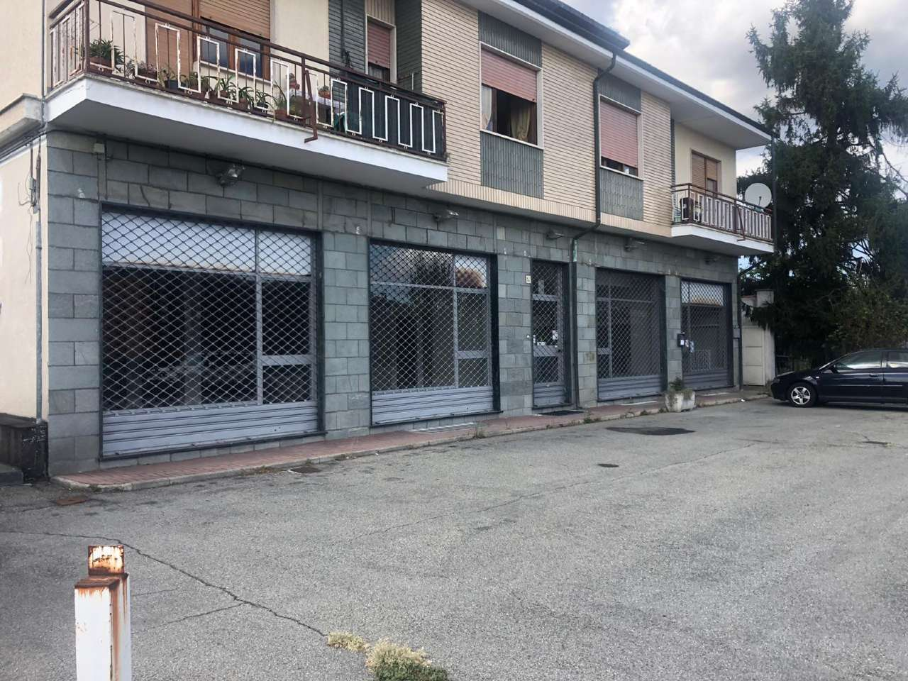 Negozio / Locale in affitto a Orbassano, 1 locali, prezzo € 1.700 | PortaleAgenzieImmobiliari.it