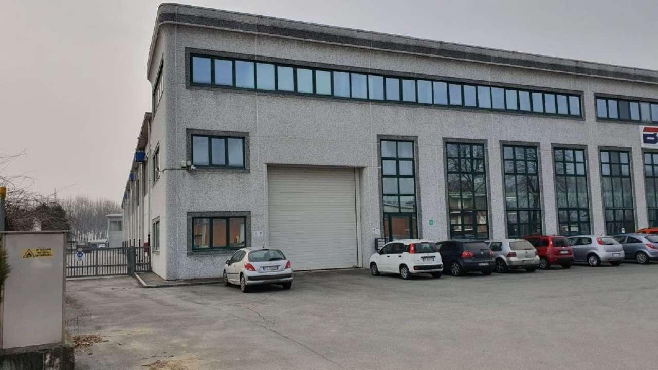 Capannone in affitto a None, 6 locali, prezzo € 6.500   PortaleAgenzieImmobiliari.it