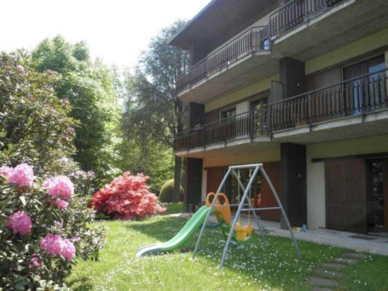 Appartamento in affitto a Ranco, 2 locali, prezzo € 530 | CambioCasa.it