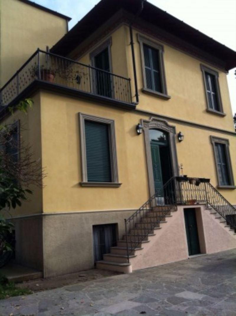 Villa in vendita a Morazzone, 5 locali, prezzo € 450.000 | CambioCasa.it