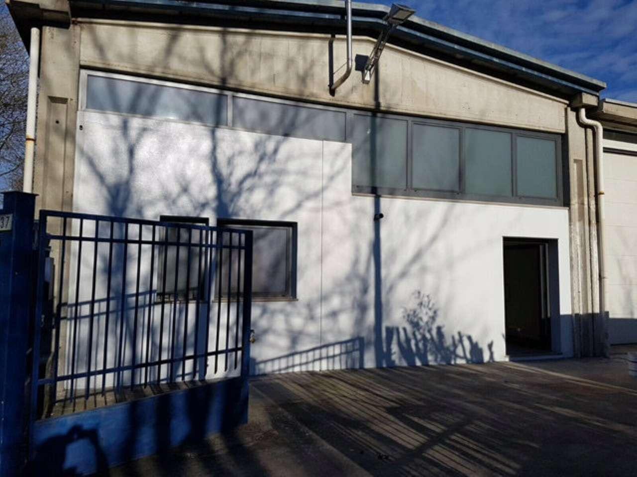 Capannone in vendita a Castellanza, 3 locali, prezzo € 230.000   PortaleAgenzieImmobiliari.it