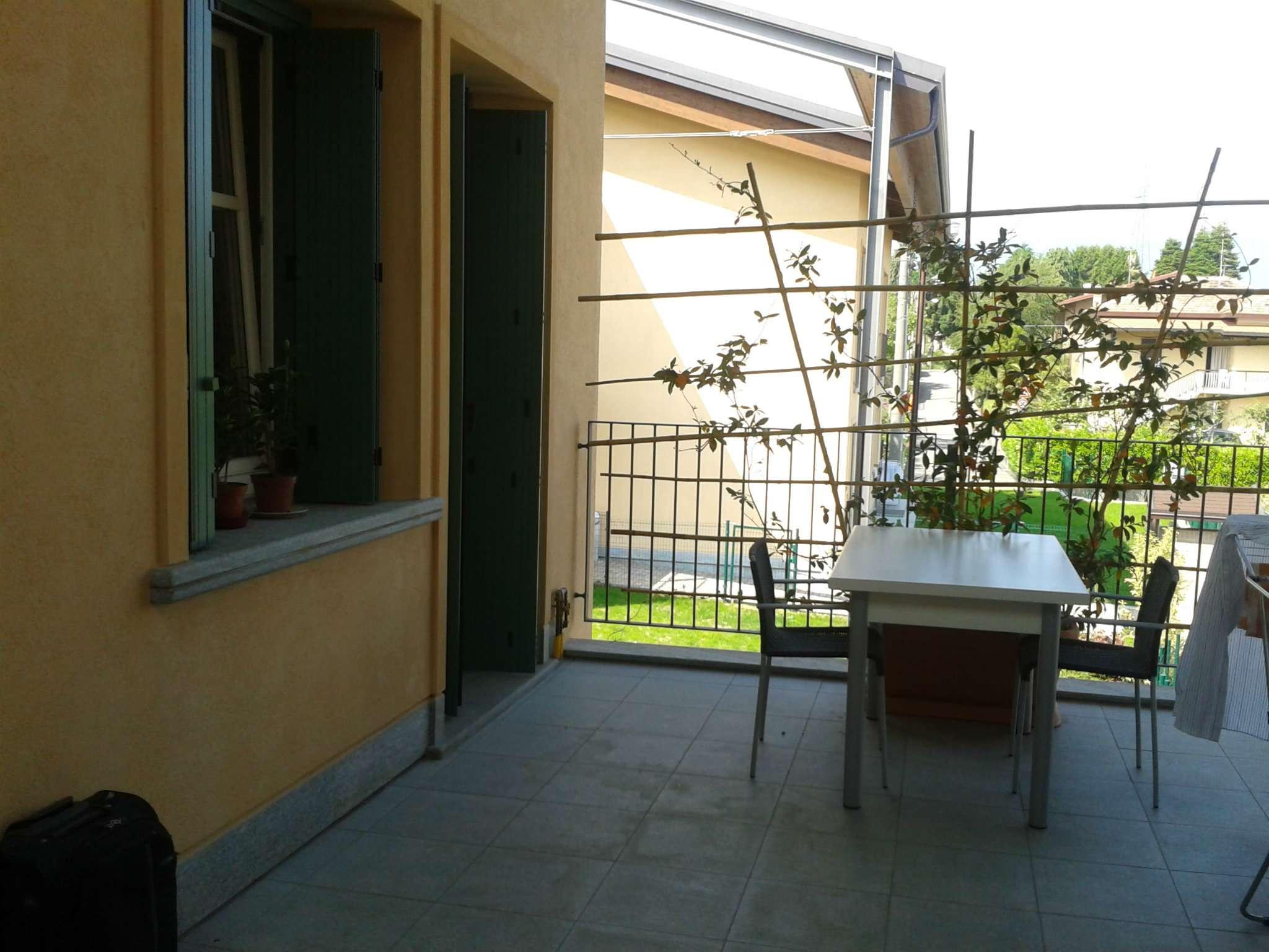 Appartamento in affitto a Ternate, 2 locali, prezzo € 600   CambioCasa.it