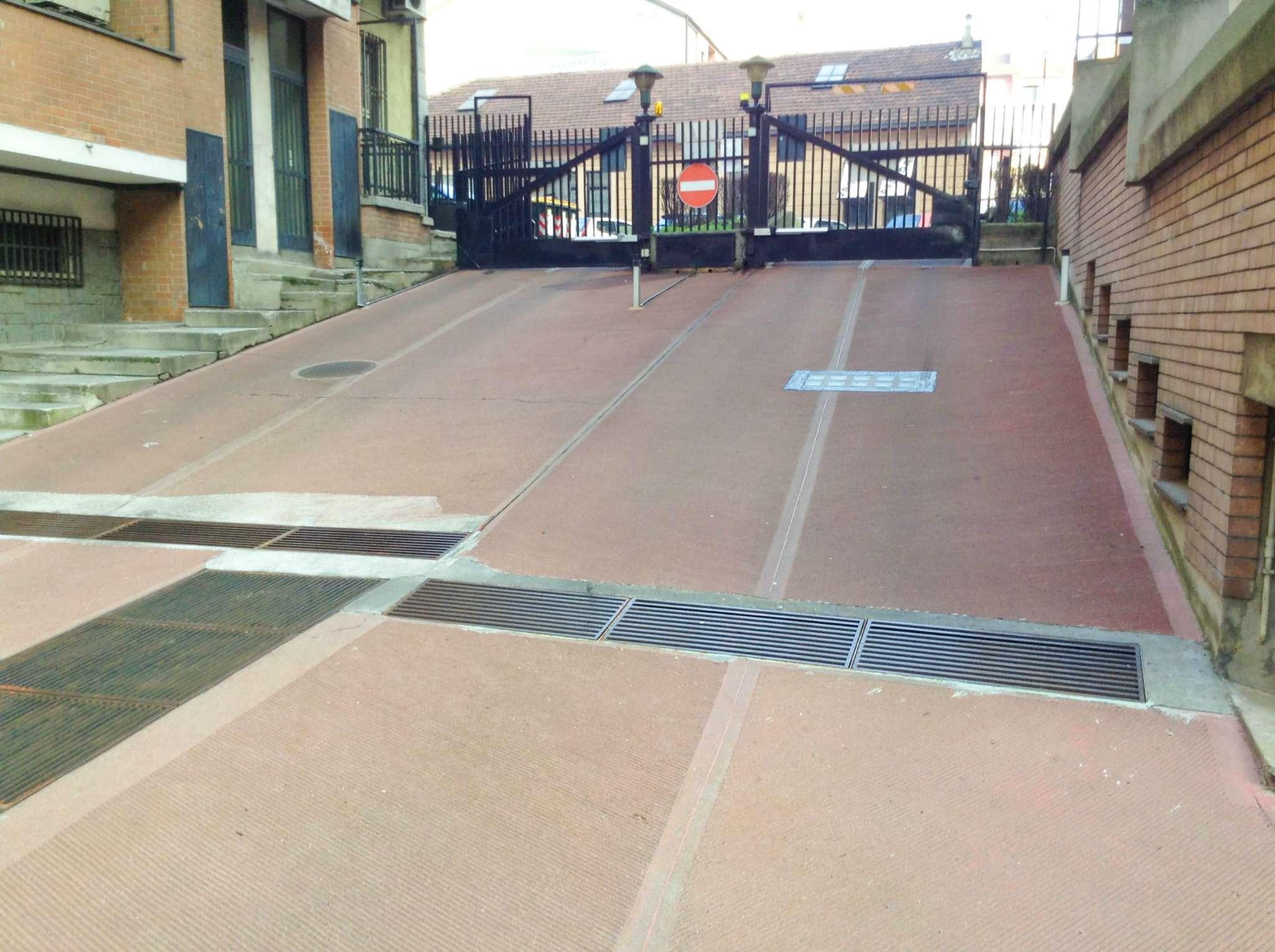 Box garage torino affitto 75 zona 6 lingotto 12 mq - Immobile non soggetto all obbligo di certificazione energetica ...