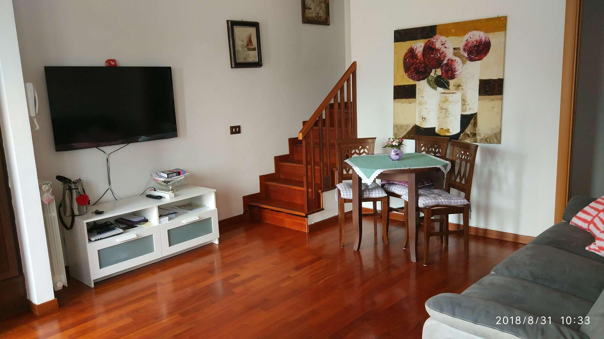 Villa a Schiera in vendita a Roma, 6 locali, zona Zona: 33 . Quarto Casale, Labaro, Valle Muricana, Prima Porta, prezzo € 240.000 | CambioCasa.it