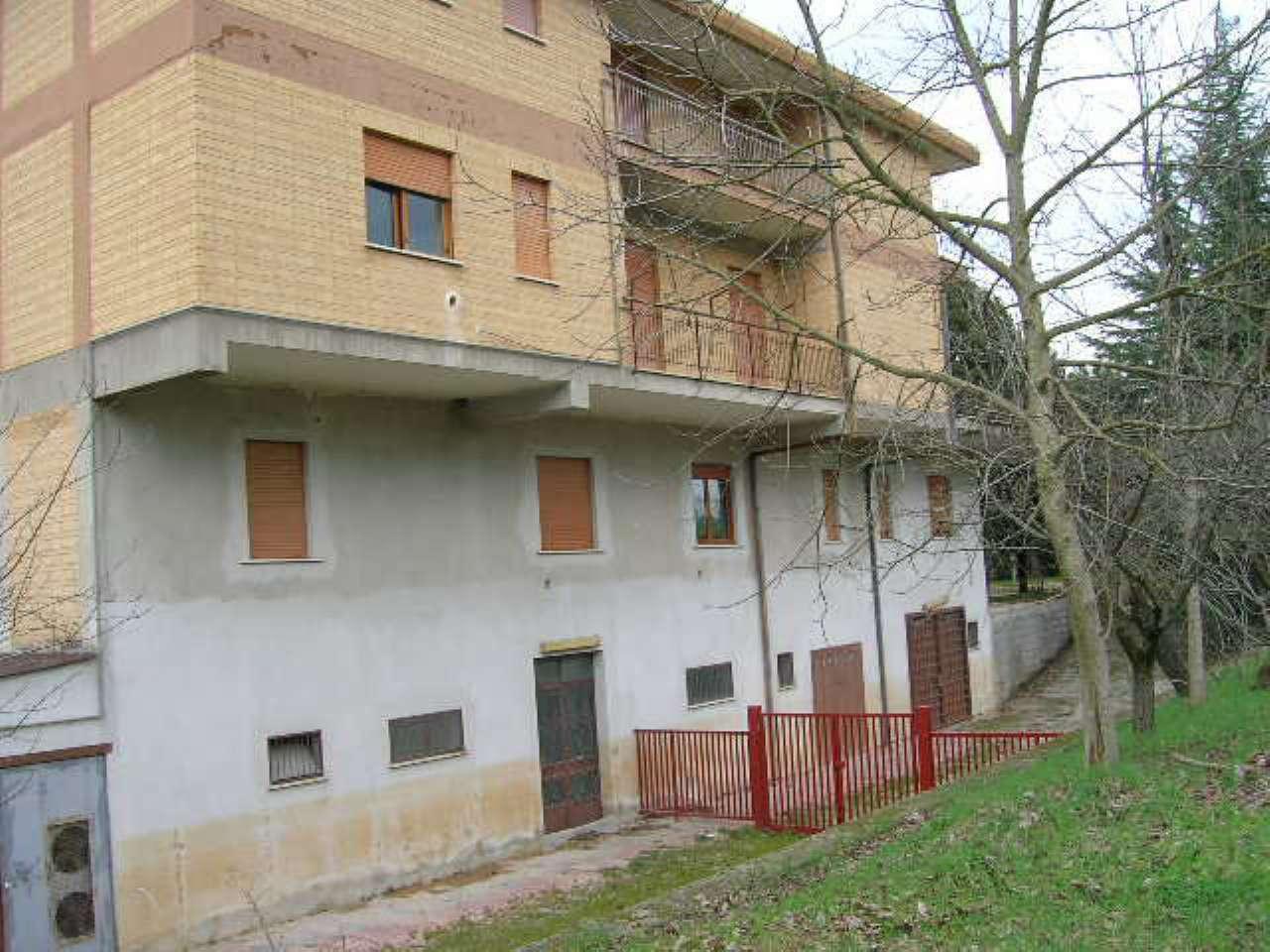 Appartamento in vendita a Morolo, 6 locali, prezzo € 66.000 | CambioCasa.it