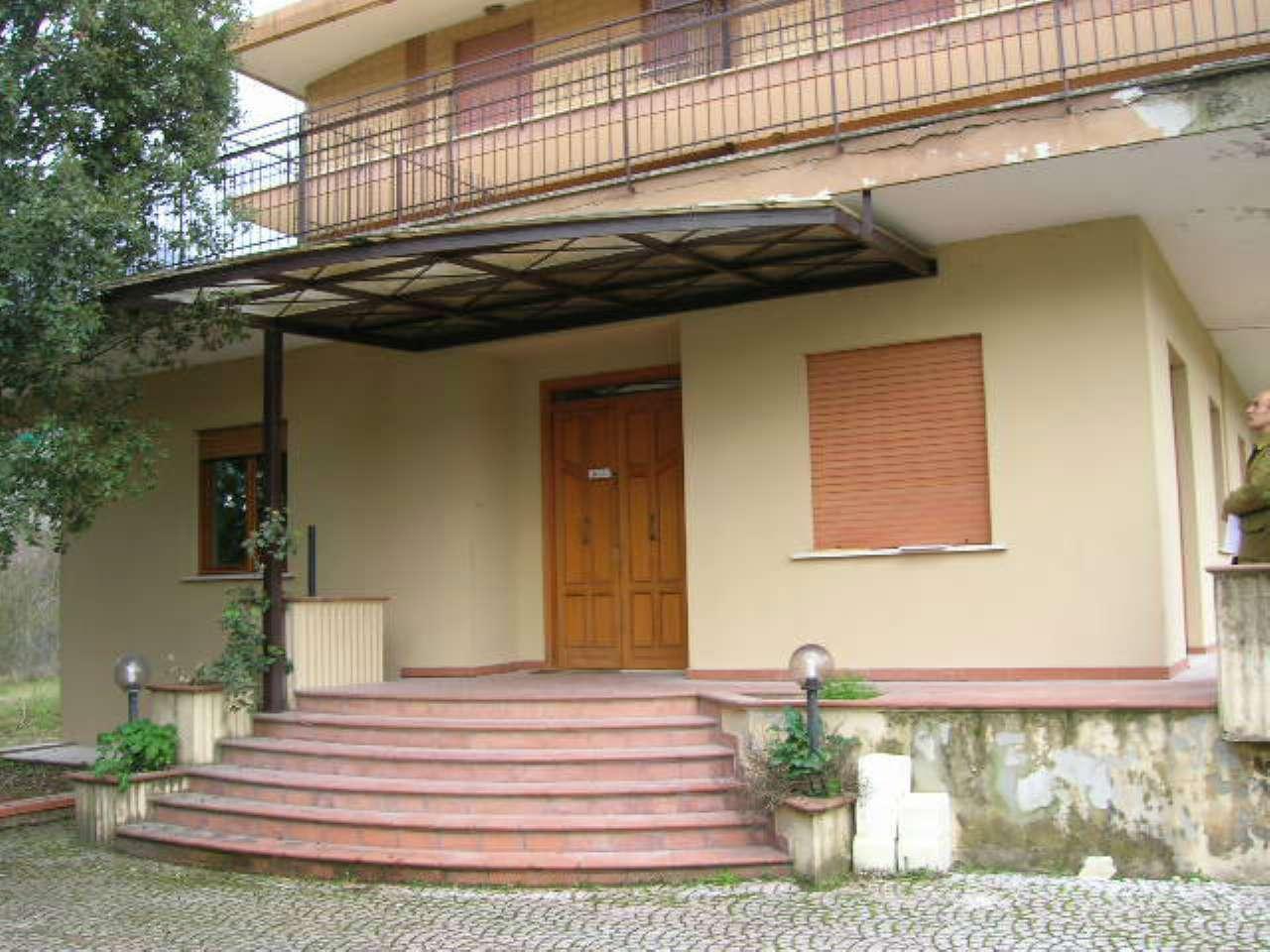 Appartamento in vendita a Morolo, 5 locali, prezzo € 55.000 | CambioCasa.it