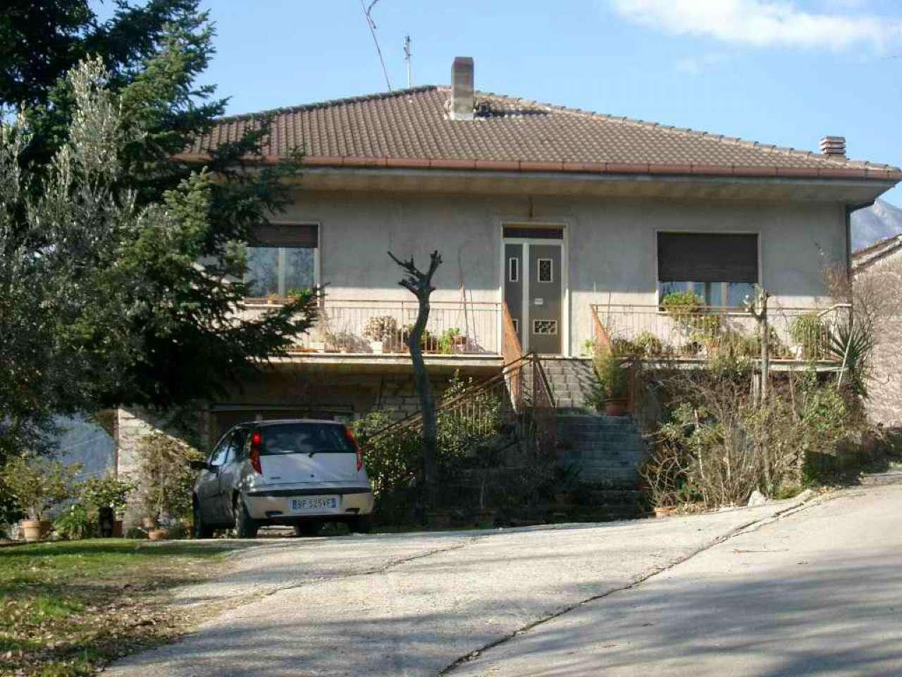 Appartamento da ristrutturare in vendita Rif. 9308199