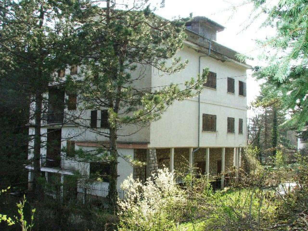 Appartamento in vendita a Trevi nel Lazio, 6 locali, prezzo € 55.000   CambioCasa.it