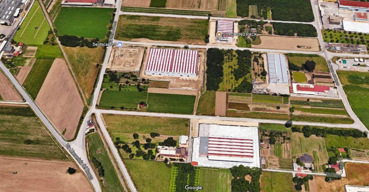 Terreno Edificabile Comm.le/Ind.le in vendita a Marigliano, 1 locali, Trattative riservate | CambioCasa.it