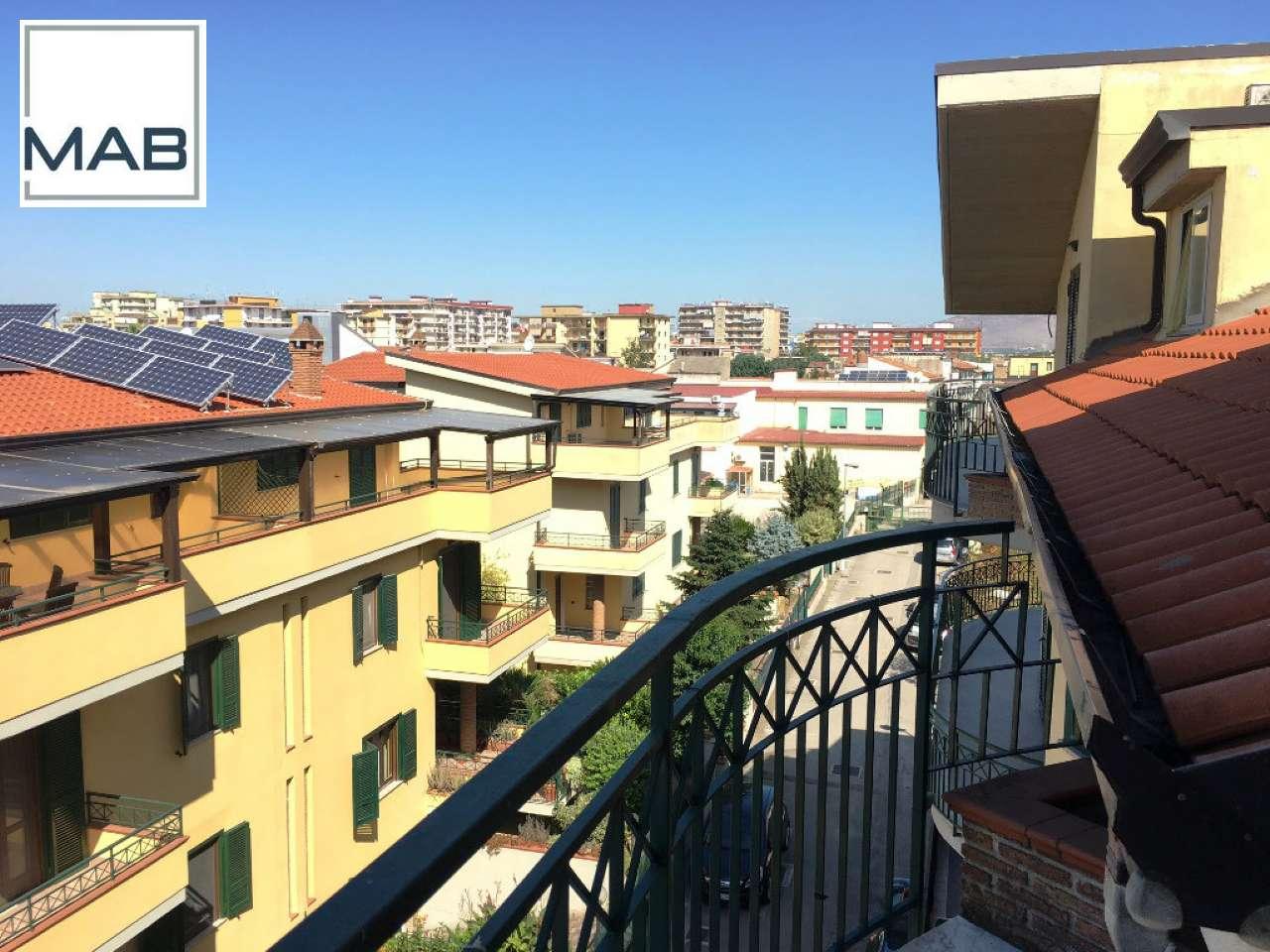 Appartamento in buone condizioni in affitto Rif. 7812442