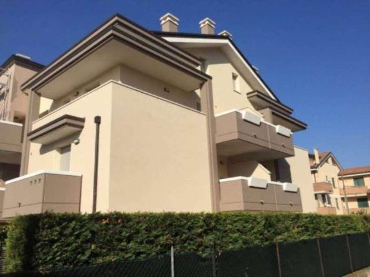 Appartamento in vendita a Padova, 5 locali, zona Nord (Arcella, S.Carlo, Pontevigodarzere), prezzo € 215.000   PortaleAgenzieImmobiliari.it