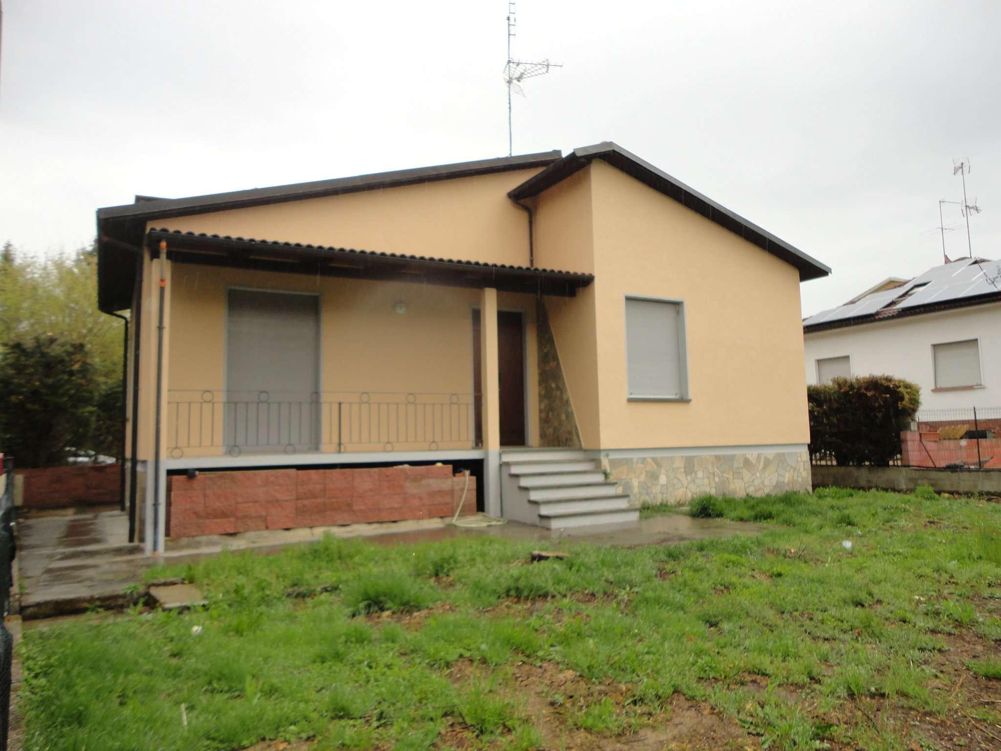 Foto 1 di Villa Quattordio