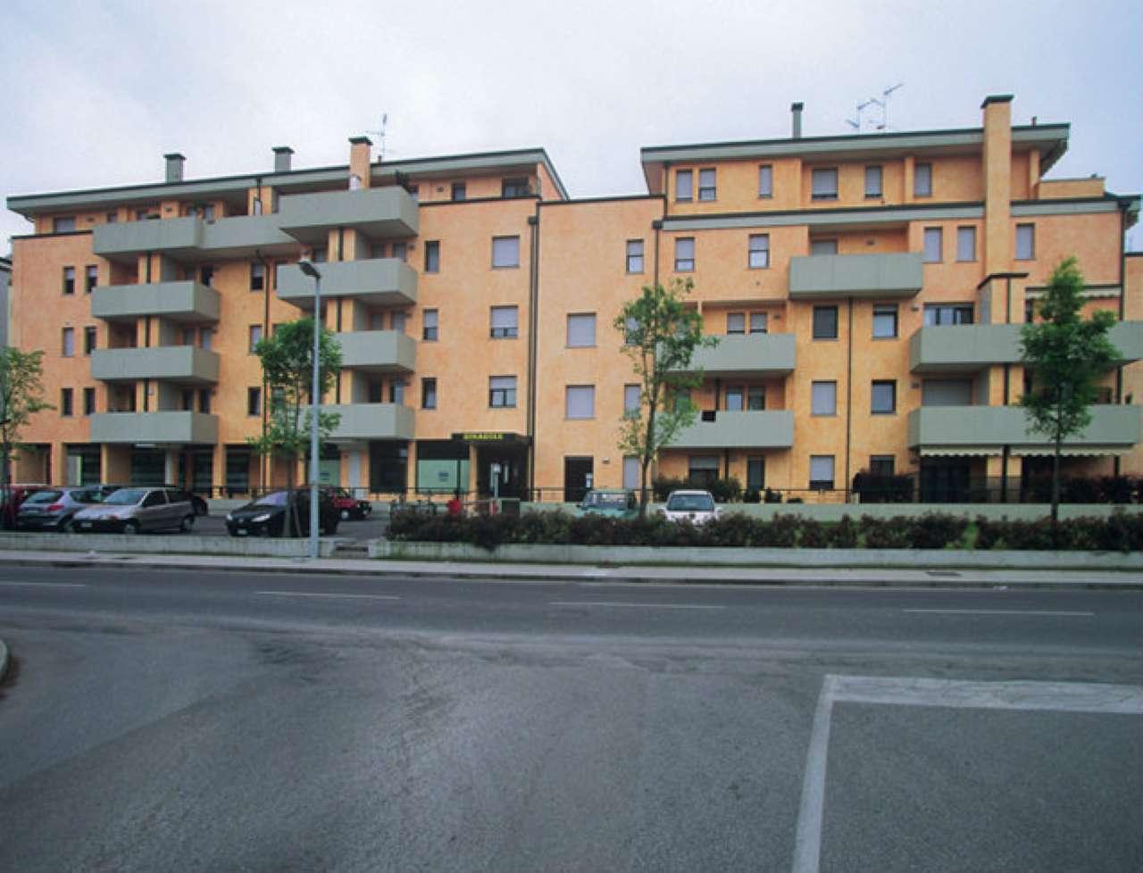 CONDOMINIO GIRASOLE - Via Liguria - Trilocale in vendita