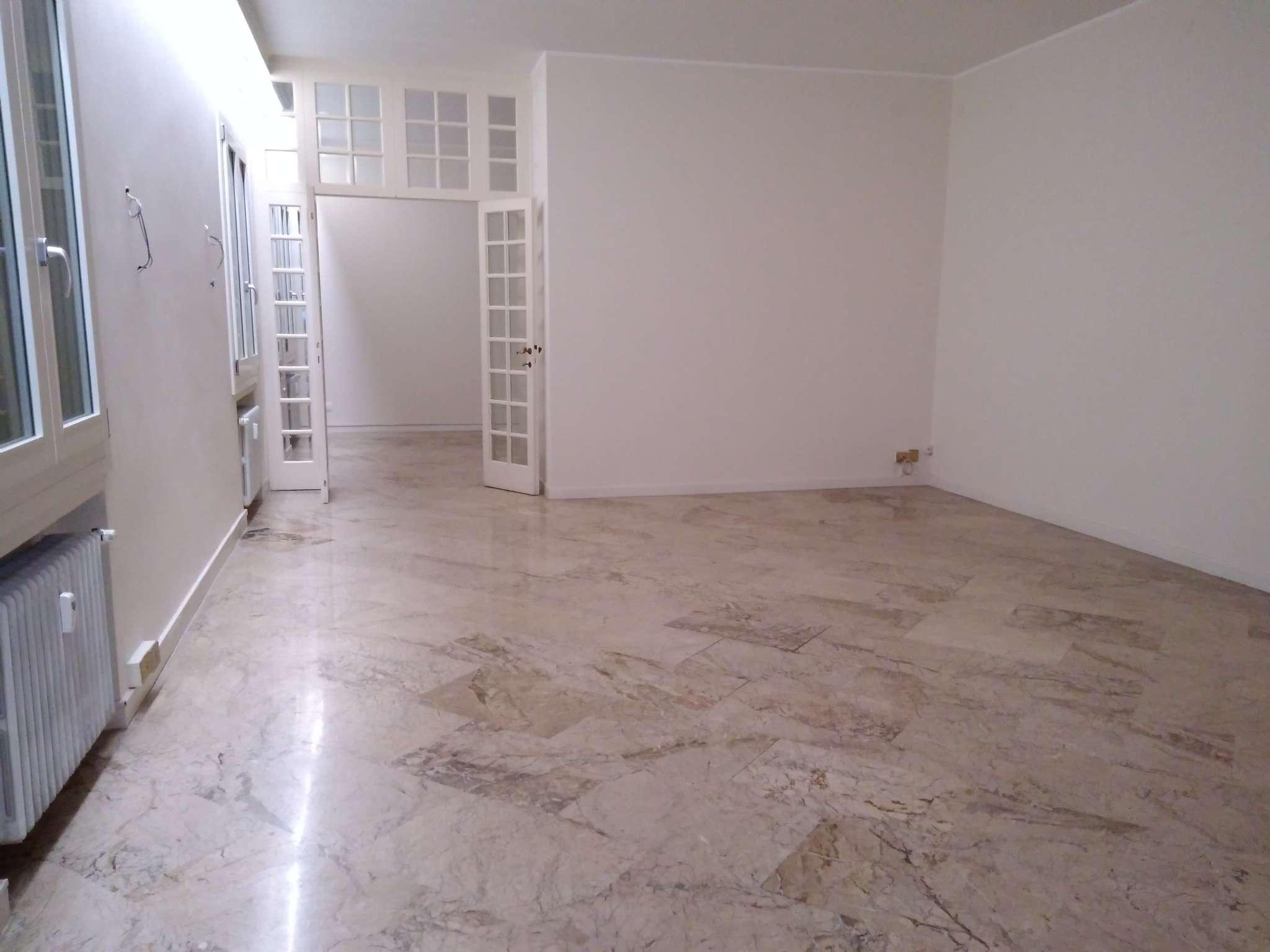 Appartamento in vendita a Padova, 6 locali, zona Centro, prezzo € 595.000 | PortaleAgenzieImmobiliari.it