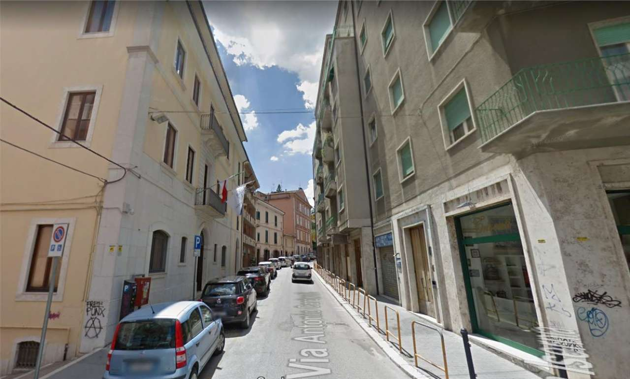 Via Cardarelli - Campobasso - Locale commerciale