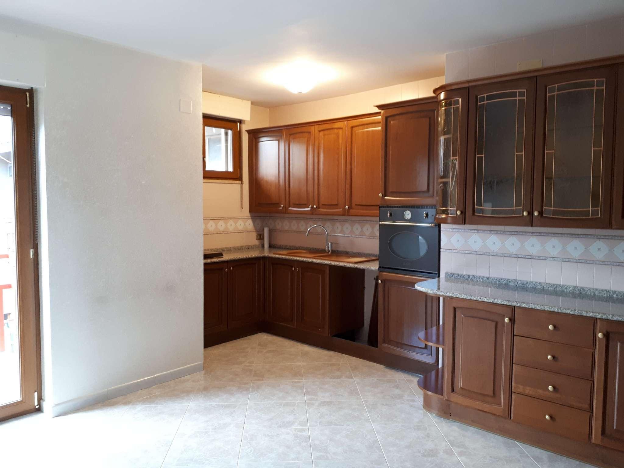 Via Tiberio - Campobasso, appartamento 4° piano