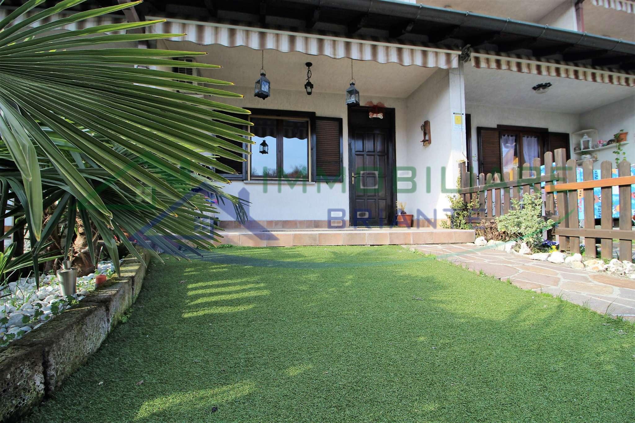 Villetta a schiera in buone condizioni in vendita Rif. 9196824