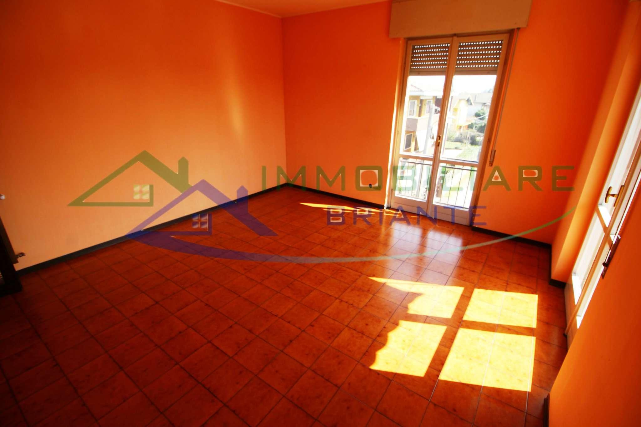 Appartamento in vendita a Arsago Seprio, 3 locali, prezzo € 89.000 | CambioCasa.it