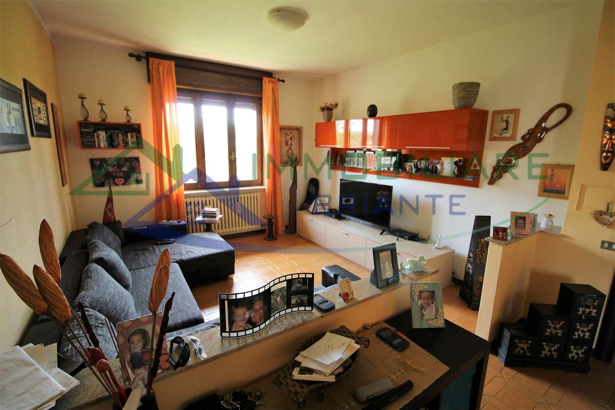 Appartamento in vendita a Arsago Seprio, 4 locali, prezzo € 119.000 | CambioCasa.it
