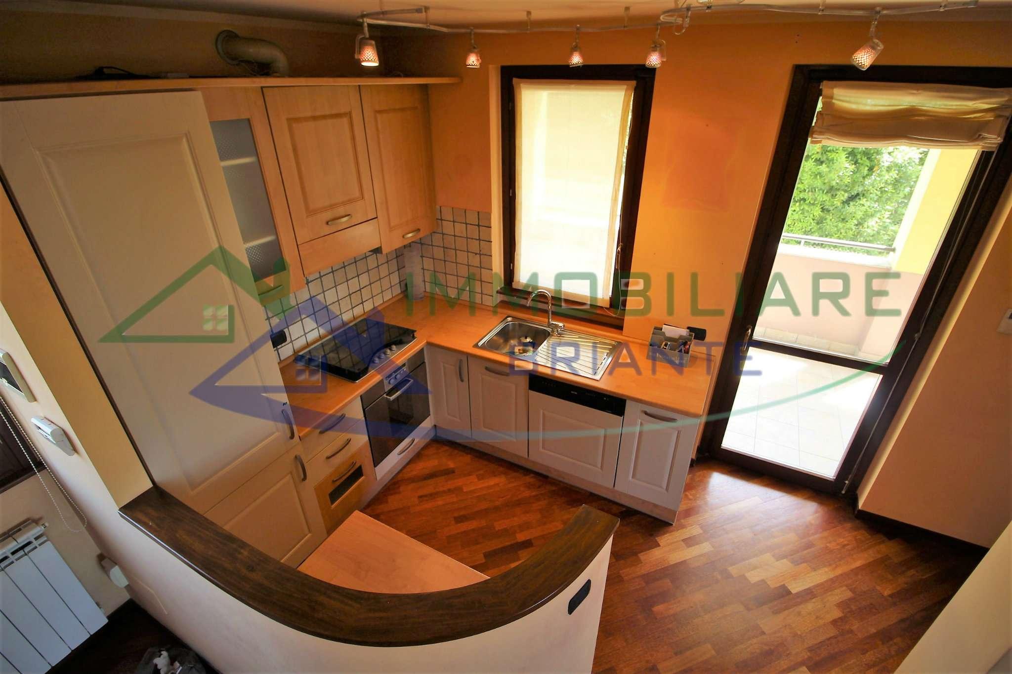Appartamento in vendita a Sumirago, 3 locali, prezzo € 149.000   CambioCasa.it