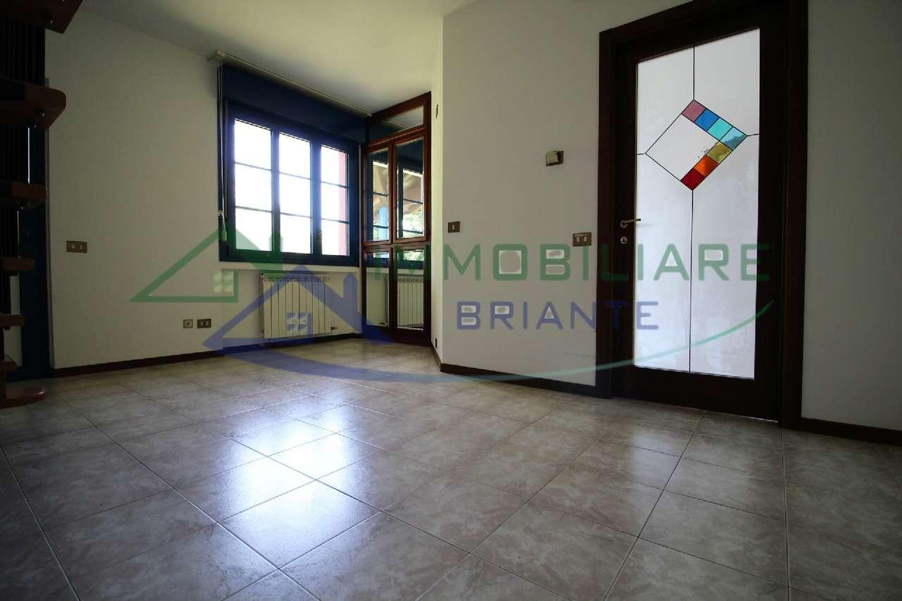 Appartamento in vendita a Arsago Seprio, 2 locali, prezzo € 89.000 | CambioCasa.it