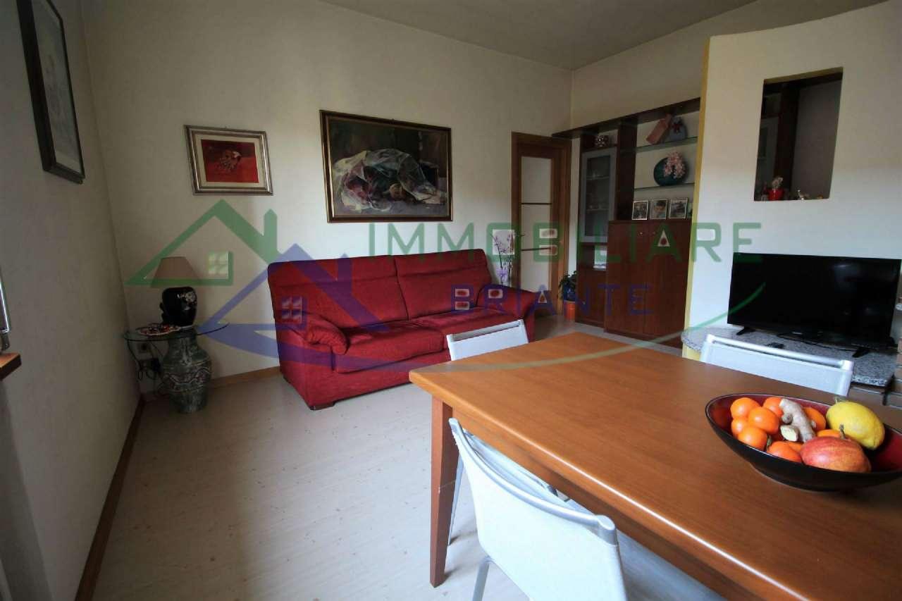 Soluzione Indipendente in vendita a Arsago Seprio, 4 locali, prezzo € 149.000 | CambioCasa.it