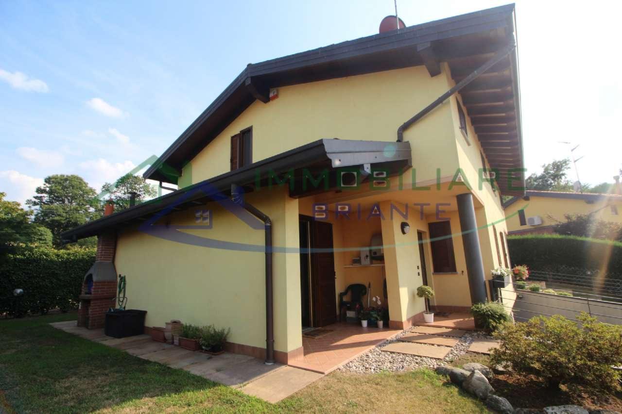 Villa in vendita a Castelletto Sopra Ticino, 4 locali, prezzo € 249.000 | PortaleAgenzieImmobiliari.it