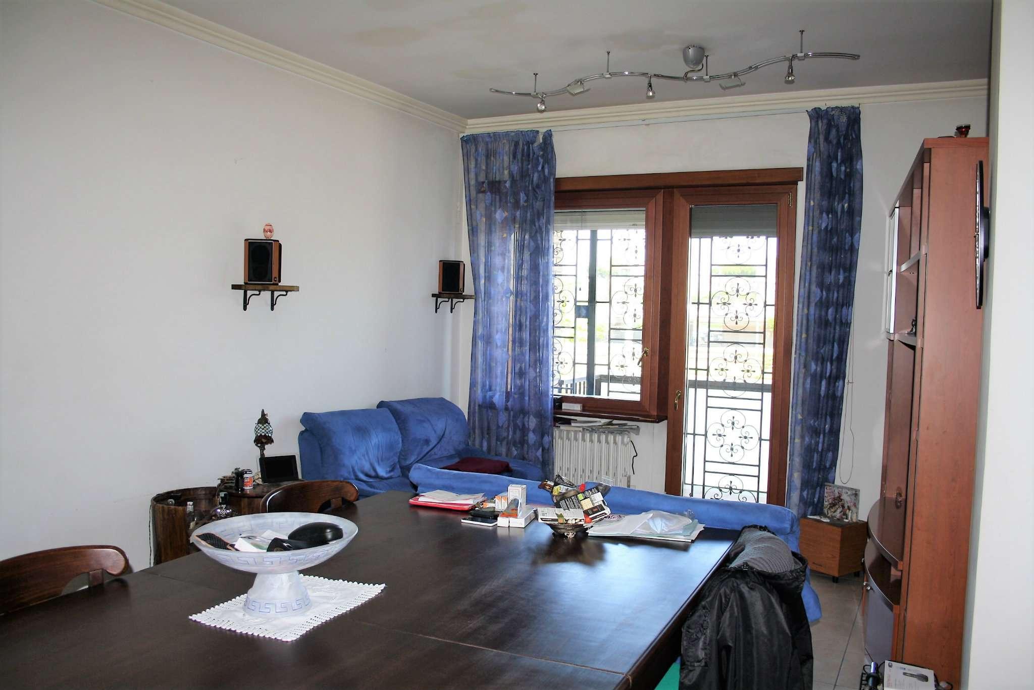 Appartamento in vendita a Roma, 4 locali, zona Zona: 19 . Colombo, Garbatella, Navigatori, Omboni, prezzo € 375.000 | CambioCasa.it