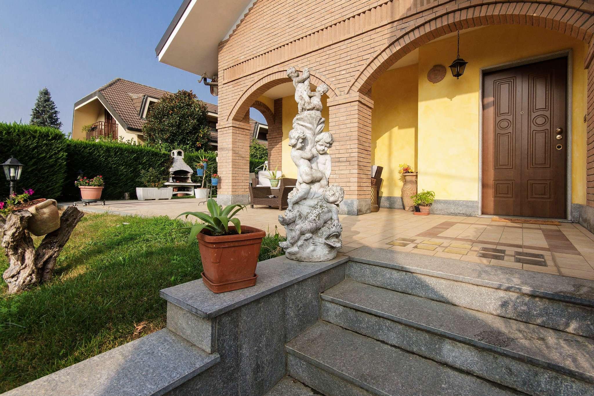 Villa in vendita a Pianezza, 6 locali, prezzo € 570.000 | CambioCasa.it