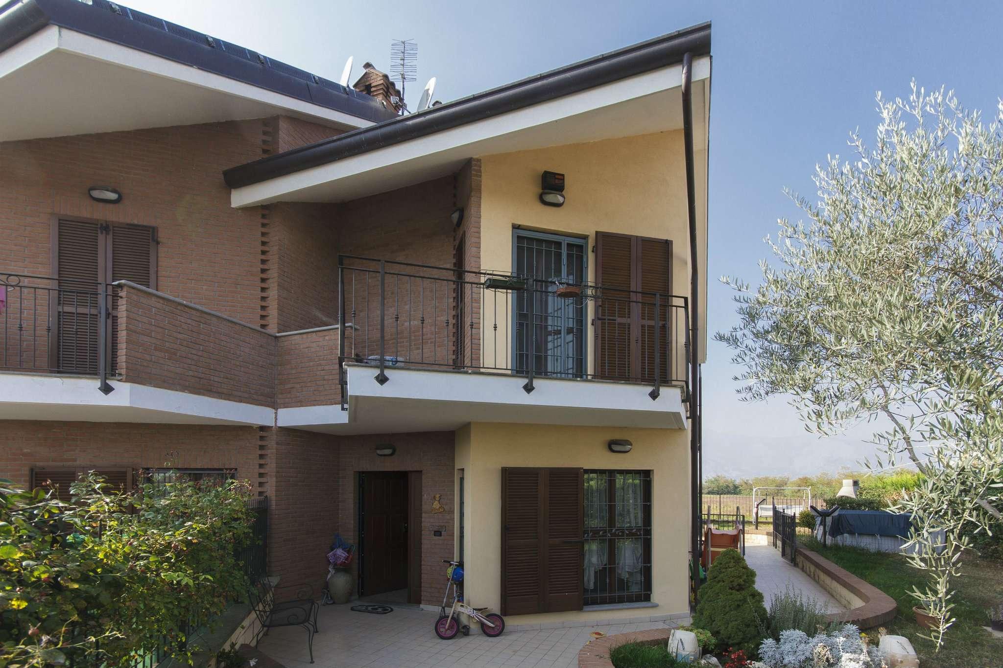 Villa a Schiera in vendita a Pianezza, 6 locali, prezzo € 309.000   CambioCasa.it